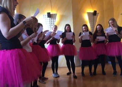 Junggesellinnenabschied Mädels in der Probe im Tonstudio